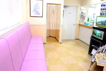 鳥越歯科医院待合室